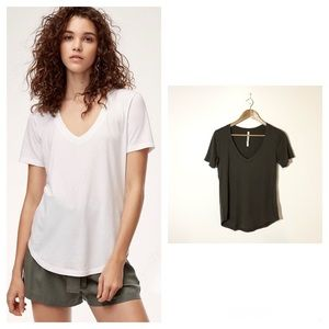 Aritzia The Group Babaton Foundation V-Neck Tee